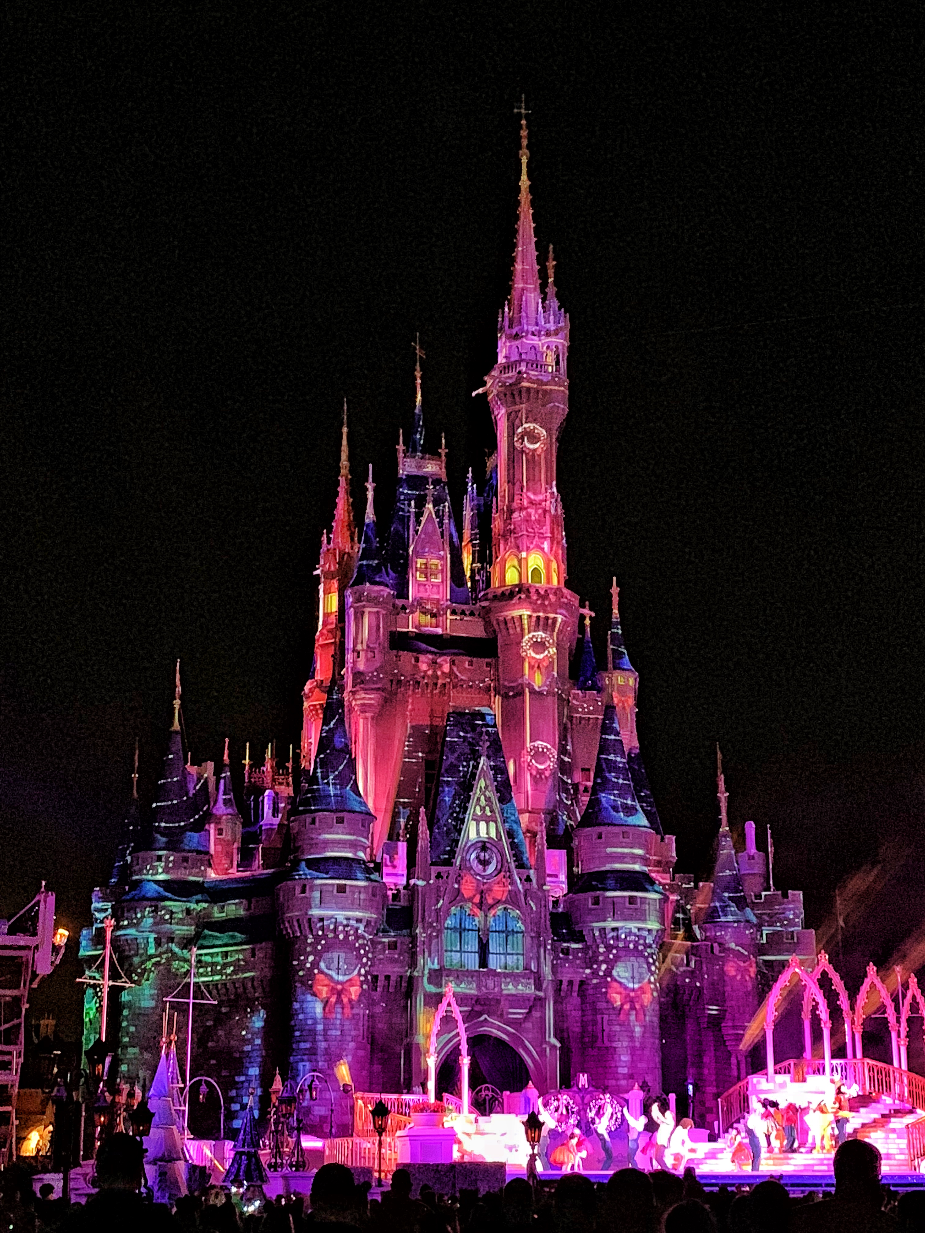 Vegan Food Guide to Mickey's Very Merry Christmas Party in the Magic Kingdom