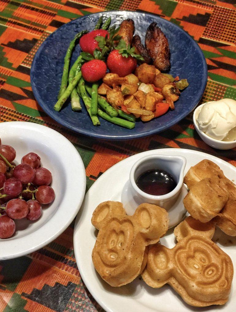 Vegan Disney Food Review: Breakfast at Boma in Disney's Animal Kingdom Lodge at Walt Disney World