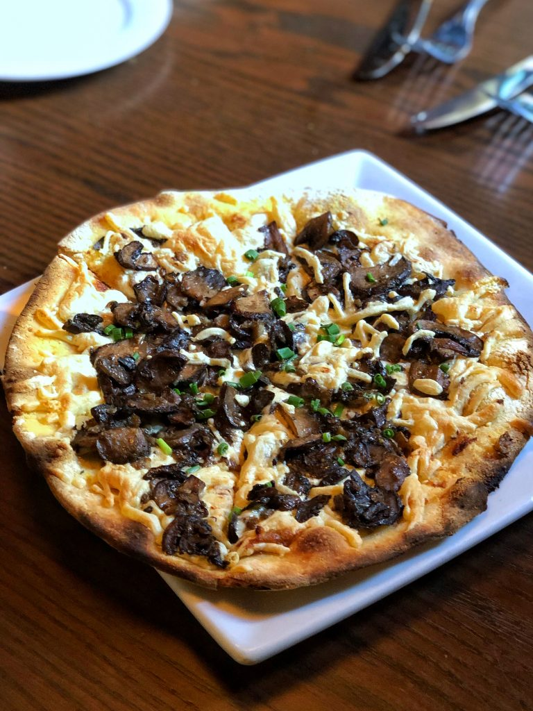 Vegan Disney Food Review: Mama Melrose's in Disney's Hollywood Studios Mushroom Flatbread