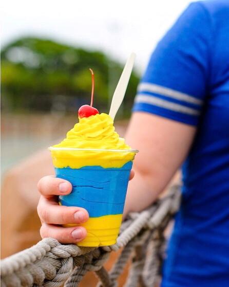 Vegan Disney Food Review: Leaning Palms at Disney's Typhoon Lagoon Water Park