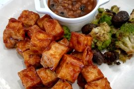 Vegan in Disneyland - River Belle Terrace Fantasmic Dining Package - BBQ Tofu
