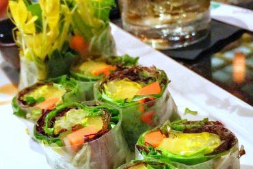 Vegan Walt Disney World - Vegetarian Summer Roll at Kimonos in the Swan Resort