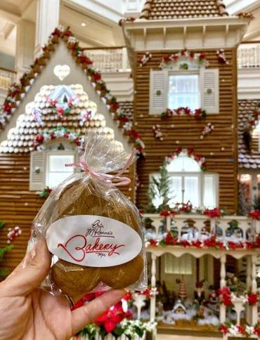 Vegan Christmas Gingerbread Cookies at Disney's Grand Floridian Resort in Walt Disney World