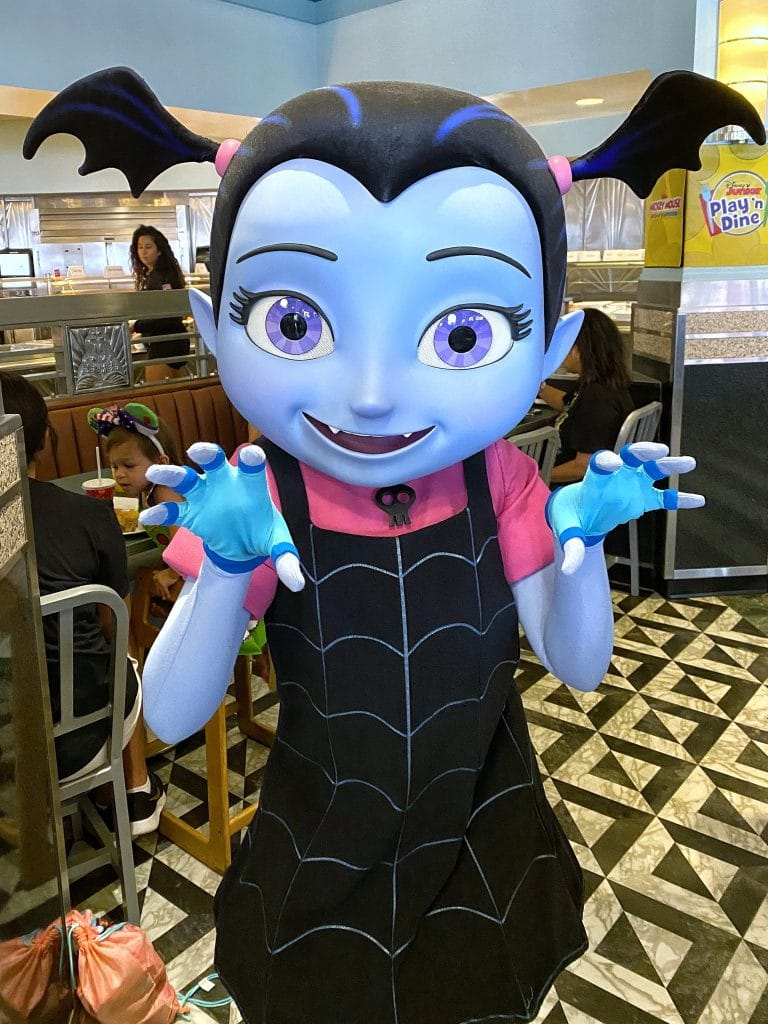 Hollywood and Vine Disney Junior Play 'n Dine Vampirina