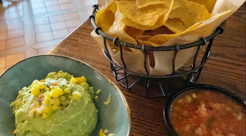 La Hacienda de San Angel vegan chips salsa guacamole