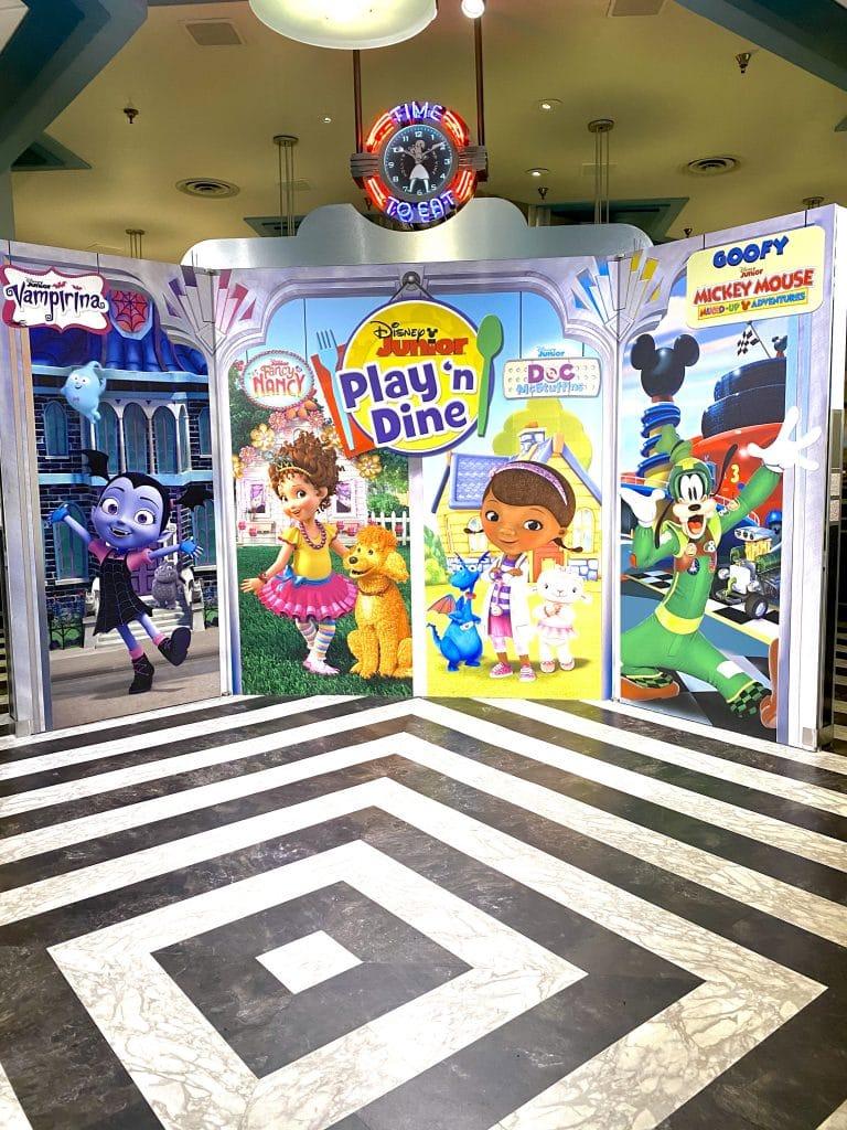 Disney Junior Play 'n Dine