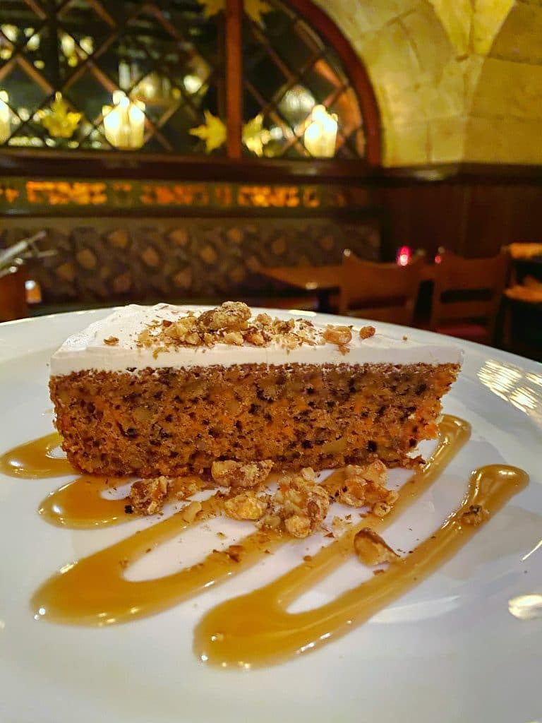vegan carrot cake Le Cellier