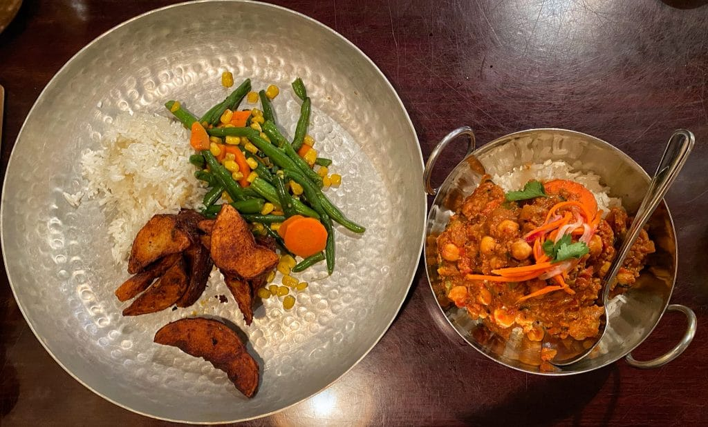 vegan lunch dinner Tusker House