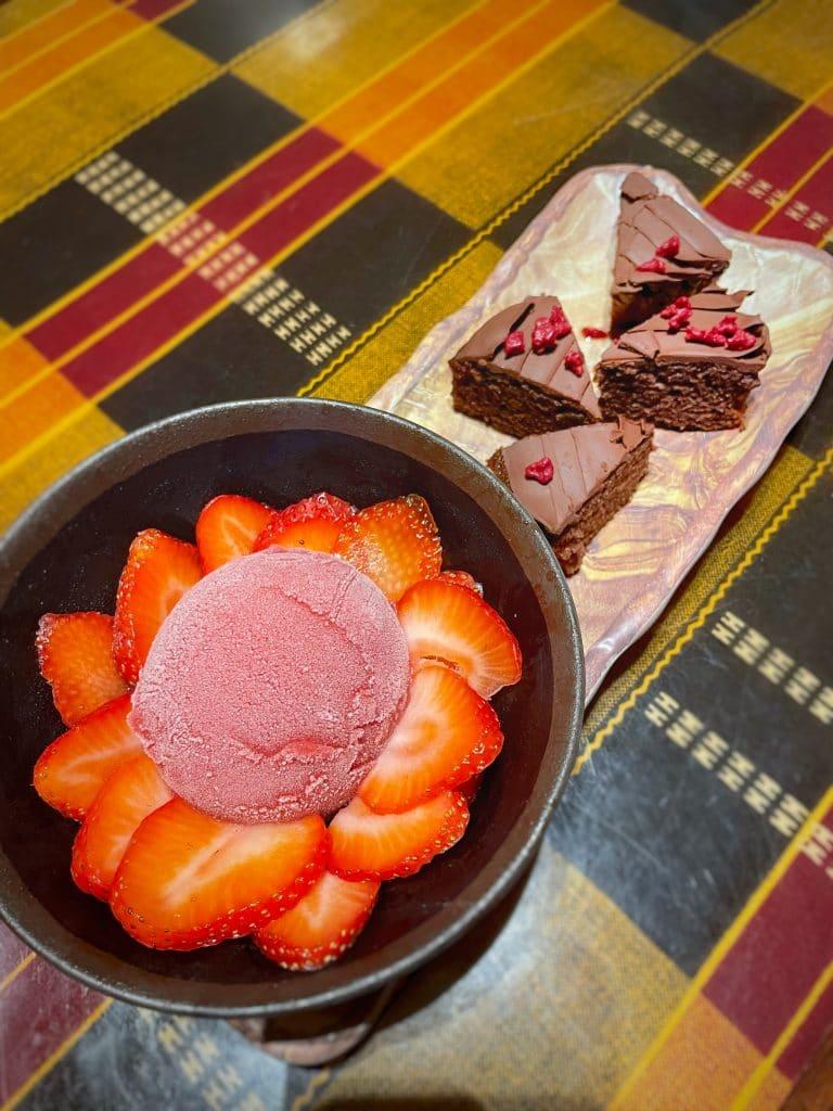vegan Boma dinner flamingo cake